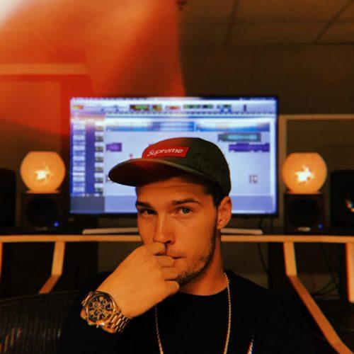 studio b pic